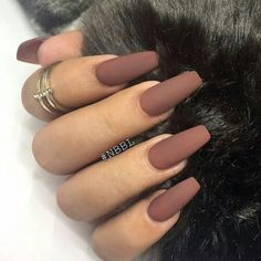 30 Charming Matte Nail Designs To Try: Matte nails are fashion trends in fall and winter. If you dont want any shine on your nails opt for a matte polish. Just try these cool matte nail art ideas for a chic modern manicure. Long Nail Art, Long Nails, Short Nails, Bad Nails, Cuffin Nails, Long Round Nails, Cute Acrylic Nails, Coffin Nails Matte, Matte Nail Polish