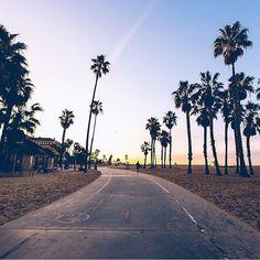 "Los Angeles Traveler on Instagram: ""Summer Vibes - @losangeles_traveler . . . . . . . Summer Vibes - @losangeles_traveler . . . . . . . Summer Vibes - @losangeles_traveler . .…"" Summer Vibes, Country Roads, California, Instagram"