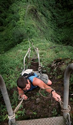 Top 10 Most Adrenaline Pumping Hiking Trails and Bridges - Ha'iku Stairs, Hawaii
