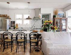 decor-dia-cozinha-cristaleira-marmore