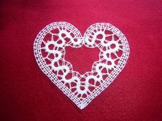 Mojalbum - foto album in oglasnik Bobbin Lace Patterns, Crochet Patterns, Irish Crochet, Knit Crochet, Types Of Lace, Lacemaking, Lace Heart, Lace Jewelry, Simple Art
