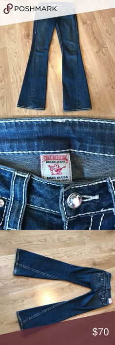 🎉Flash Sale True Religion Disco Joey big T Beautiful size 27 flare True Religion jeans with bling detail. They have all authentic labels and are in excellent condition. From a smoke free home. True Religion Jeans Flare & Wide Leg