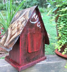 Log Front Rustic Birdhouse has naturally deep predator guard for nestling's safety. With very bird-friendly features, barn wood and tin are sealed for long-lasting use