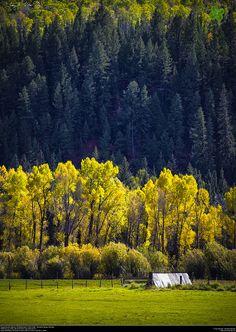 Along Colorado Highway 129 (Mad Creek to Hahn's Peak). Steamboat Springs, Colorado. | Flickr - Photo Sharing!