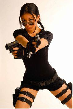 It would be cool to be Laura Croft for Halloween again! Lara Croft Cosplay, Lara Croft Costume, Laura Croft, Halloween Cosplay, Cosplay Costumes, Halloween Costumes, Halloween Havoc, Cosplay Ideas, Halloween Diy