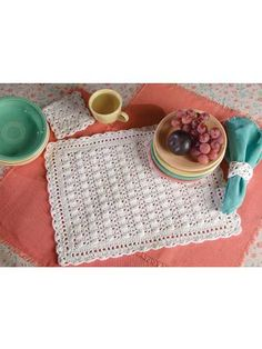 Cobbled Lace Set: Create this 3-piece set in white or your favorite color!  Place mat size: 14 x 18 inches (appx)  Skill level: Advanced