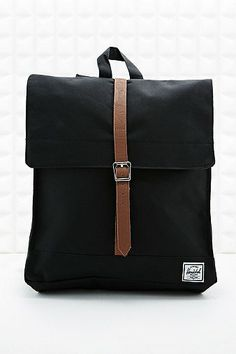 Herschel City Backpack in Black - Urban Outfitters