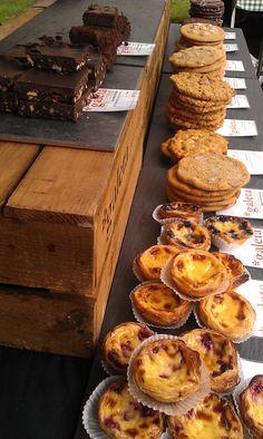 @galeta_London 100% natural cookies & cakes.