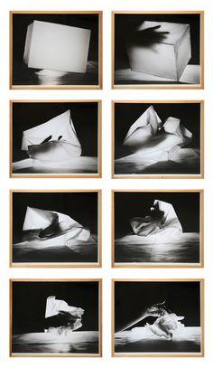 """Helena Almeida, """"""""Mão atravessando um cubo"""""""", 1980."""