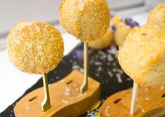 Social Pantry shares their ham hock croquettes canapé recipe. These little balls of amazingness are not just very on-trend at the moment they're also delicious too. They will take some …