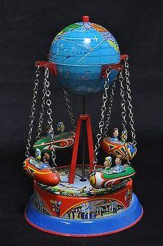 RARE Blomer-Schuler W Germany Tin Toy Rocket Globe Swing Carousel~~