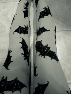Brand: Steampunk by Insanity Size S/M Polyester Elastane Bats on leggings are fuzzy! Dark Fashion, Gothic Fashion, Womens Fashion Online, Latest Fashion For Women, Mode Sombre, Satin Pyjama Set, Gothic Outfits, Glam Rock, Steam Punk