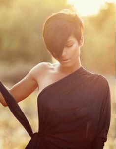 Short Hair Cuts for Brown Hair 2015 Pictures Of Short Haircuts, Short Haircuts With Bangs, Cute Haircuts, Short Hair Cuts, Short Hair Styles, Long Bangs, Stylish Haircuts, Hairstyles Pictures, Bob Haircuts