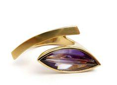 Ring «Lagune-Navette» by Angela Hübel
