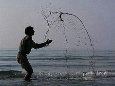 Andy Goldsworthy throwing sand and water - photo by Julian Goldsworthy Music Film, Art Music, Andy Goldworthy, Alien Art, Sand And Water, Environmental Art, Illusions, Assessment, Artist