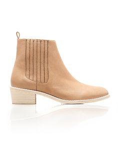 12 pairs of tan booties that match EVERYTHING in spring