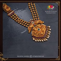 Don't Miss These Royal Looking Necklace Designs!! • South India Jewels Antique Jewellery Designs, Gold Jewellery Design, Gold Wedding Jewelry, Coral Jewelry, Indian Jewelry Sets, Queen, Necklace Designs, Small Necklace, Necklace Set
