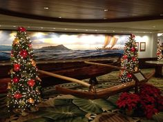 Outrigger Waikiki at Christmas | Hawaii Pictures of the Day