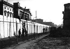 Berlin Wall, 1977