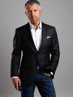 Over 40 Mens fashion. Outfit ideas and Fashion Inspiration for Men Over Mens Casual Fashion. Classy Mens Fashion Tips. Source by seerarrun mens fashion Fashion For Men Over 50, Mature Mens Fashion, Mens Fashion Blog, Mens Fashion Suits, 50 Fashion, Suits For Men Over 50, Jeans For Men Over 40, Clothing Styles For Men Over 50, Well Dressed Men Over 50