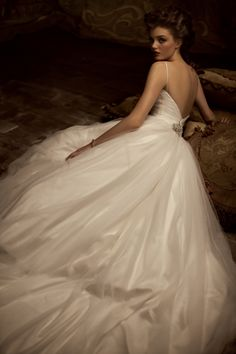 love this gown, even though I swore up and down I'd never do anything poofy and with spaghetti straps.