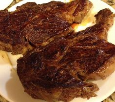 Ribeye Steak: Preheat air fryer to Rub oil on to the steaks on both sides. Add salt and pepper to taste. Place the steaks into the air fryer. Cook for 7 minutes and turn the steak over and cook for another 6 minutes. Air Fryer Recipes Steak, Power Air Fryer Recipes, Steak Recipes, Cooking Recipes, Power Airfryer Xl Recipes, Air Fryer Recipes Easy, Oven Cooking, Lamb Recipes, Paleo Recipes