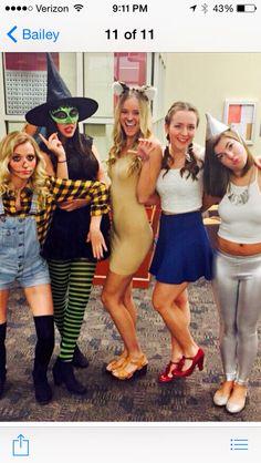 7 Roommate Halloween Costume Ideas | Beth behrs, Halloween ...