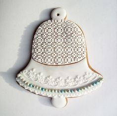 Lovely bell Christmas Goodies, Christmas Greetings, Christmas Gifts, Ginger Bread, Ginger Cookies, Merry Christmas Everyone, Royal Icing, Cross Stitch Designs, Gingerbread Cookies