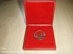 NVA Medaille 30 Jahre NVA / mehr Infos auf: www.Guntia-Militaria-Shop.de