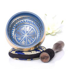 Meditation altar Blue Tibetan Singing Bowl Set - Silent Mind, Stress and Anxiety relief Sound Healing Zen gifts, Relaxation gifts Meditation Altar, Daily Meditation, Mindfulness Meditation, Chakras, Harmony Design, Relaxation Gifts, Sound Healing, Spiritual Gifts, Chakra Healing