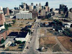 Bleak Photos Capture The Fall Of Detroit - Business Insider. But not for long. The sleeping lion will awaken!