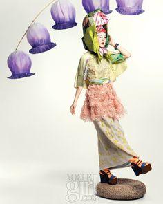 향긋한 봄을 닮은 컬러와 프린트들 :: Vogue Girl