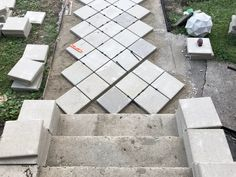 This walkway to front door is definitely a very inspirational and extraordinary idea Backyard Walkway, Paver Walkway, Front Walkway, Diy Paver, Front Porch, Front Yards, Driveway Pavers, Diy Driveway, Patio Stairs