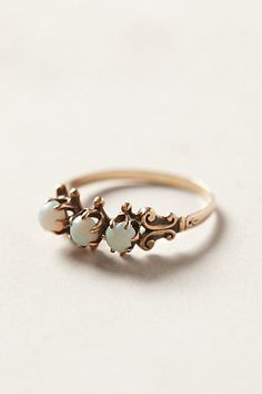 Vintage Opal Sisters Ring #anthropologie I HAVE AN OBSESSION OVER ANTHROPOLOGIE'S JEWLERY. TOO BAD I CAN'T AFFORD IT.