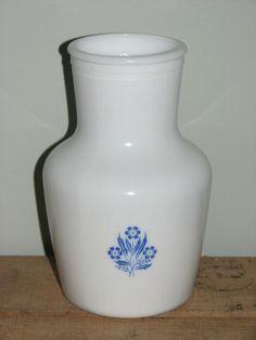 VINTAGE CORNFLOWER BLUE FLOWERS DOMINION GLASS JUICE PITCHER CARAFE MILKGLASS