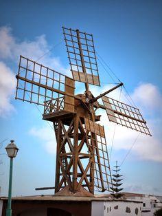 Windmühle auf Lanzarote http://www.hotels-suchen-hotel-buchen.de/