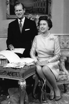 The Duke of Edinburgh and the Queen at Buckingham Palace, November Prince Philip Queen Elizabeth, Young Queen Elizabeth, Princess Margaret, Queen Mary, King Queen, Prins Philip, British Royal Families, British Family, Queen Elizabeth