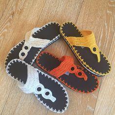 Flip flops, thong sandals, beach shoes, crochet Flip flops with two-tone rubber sole, artesaniaRD Crochet Shoes Pattern, Shoe Pattern, Crochet Slippers, Crochet Patterns, Crochet Video, Knit Crochet, Beach Crochet, Homemade Shoes, Crochet Flip Flops