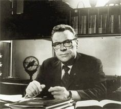 Earl Nightingale - The Strangest Secret - 30 Quotes