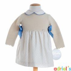 Vestido beige de Dolce Petit para bebé.