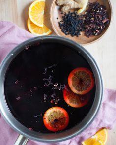 Elderberry Tea, Elderberry Recipes, Herbal Tea, Shot Recipes, Tea Recipes, Yummy Drinks, Healthy Drinks, Yummy Food, Healthy Recipes