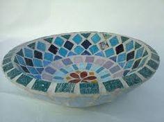 Cuenco en venecitas Mosaic Patterns, Yard Art, Decorative Bowls, Plates, Windmills, Tableware, Modern, Ideas, Home Decor