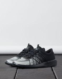 Chaussures de sport mode BSK. Découvrez cet article et beaucoup plus sur Bershka, nouveaux produits chaque semaine.