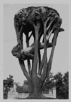 """Gustav Vigeland. this piece at the fountain is called lovingly, """"The Swallow""""."""