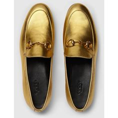 Gucci Gucci Jordaan Metallic Loafer ($550) ❤ liked on Polyvore featuring shoes, loafers, gucci flats, bit loafers, flat pumps, leather sole loafers and gucci shoes