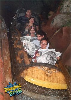 Staged Splash-Mountain photos. I will definitely be doing this next trip to Disney World.