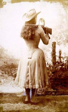 Famous sharpshooter Annie Oakley