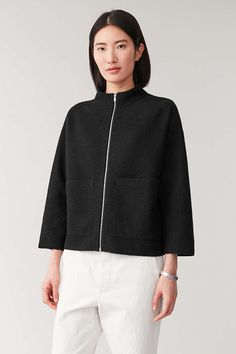 Shop jumpers and cardigans from the women's knitwear collection at COS; timeless shapes and relaxed cuts in cashmere, merino and cotton. Jumpers For Women, Coats For Women, Jackets For Women, Mommy Style, Knitwear, Zip Ups, Casual Outfits, Women Wear, Model