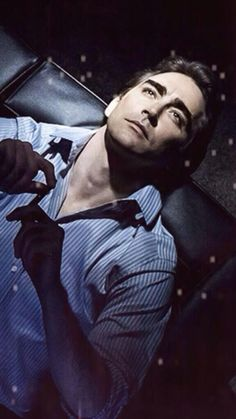 Lee pace > oh...my.. gawd that pose.. is just.. *muffle screaming in the background*