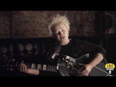 Wallis Bird - (You Make Me Feel Like) A Natural Woman cover - YouTube